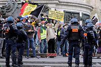 """Neue """"Gelbwesten""""-Proteste haben am Samstag in Paris stattgefunden."""