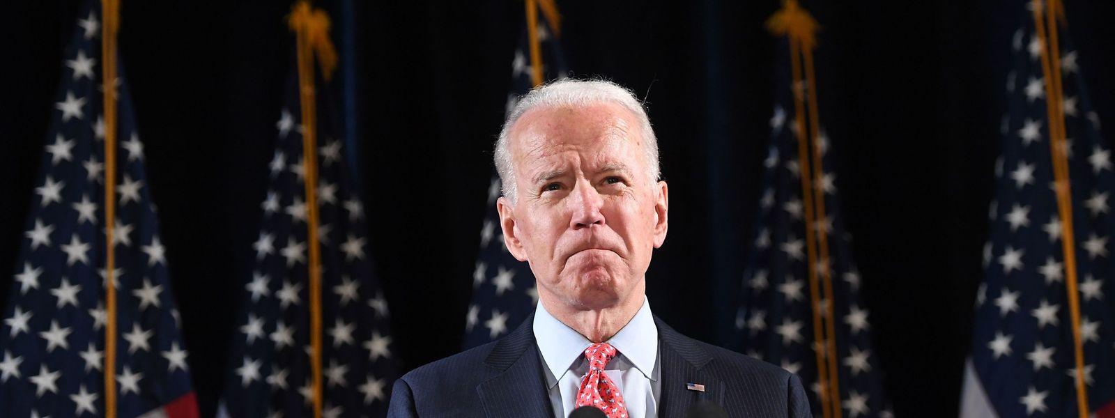 Face à un Donald Trump qui s'enfonce dans la mauvaise gestion du covid-19, Biden gagne en crédibilité.