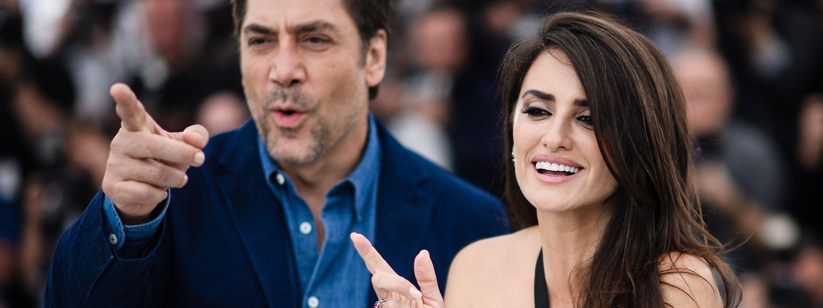 O casal Barcruz fez as delícias do festival de Cannes.