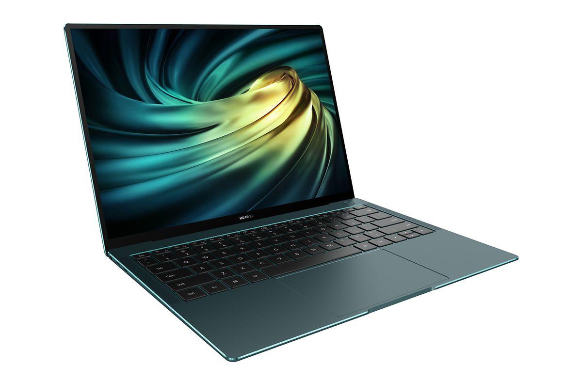 """Grüne Flunder: Das Huawei """"Matebook X Pro"""" ist 14,6 Millimeter dünn und 1,33 Kilogramm leicht."""