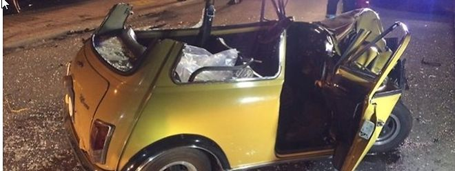 In diesem Wagen war eines der Unfallopfer eingeklemmt.