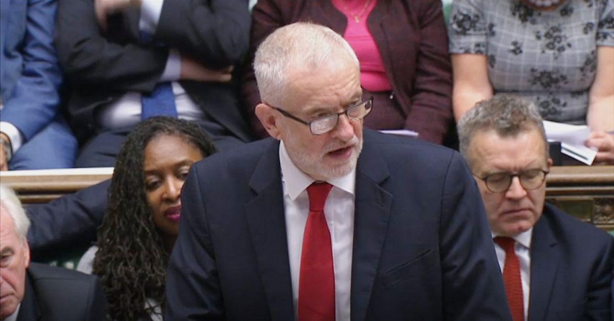 Jeremy Corbyn Parteichef der Labour Partei antwortet auf die Erklärung des Premierministers