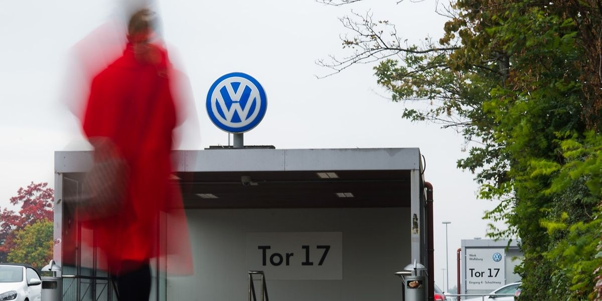 Die Presse war zu der Betriebsversammlung, die am Sitz in Wolfsburg stattfand, nicht zugelassen.