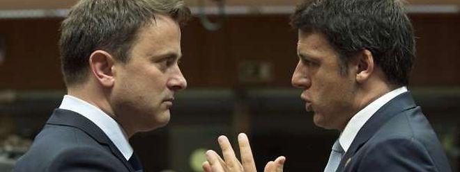 Xavier Bettel en pleine discussion avec Matteo Renzi