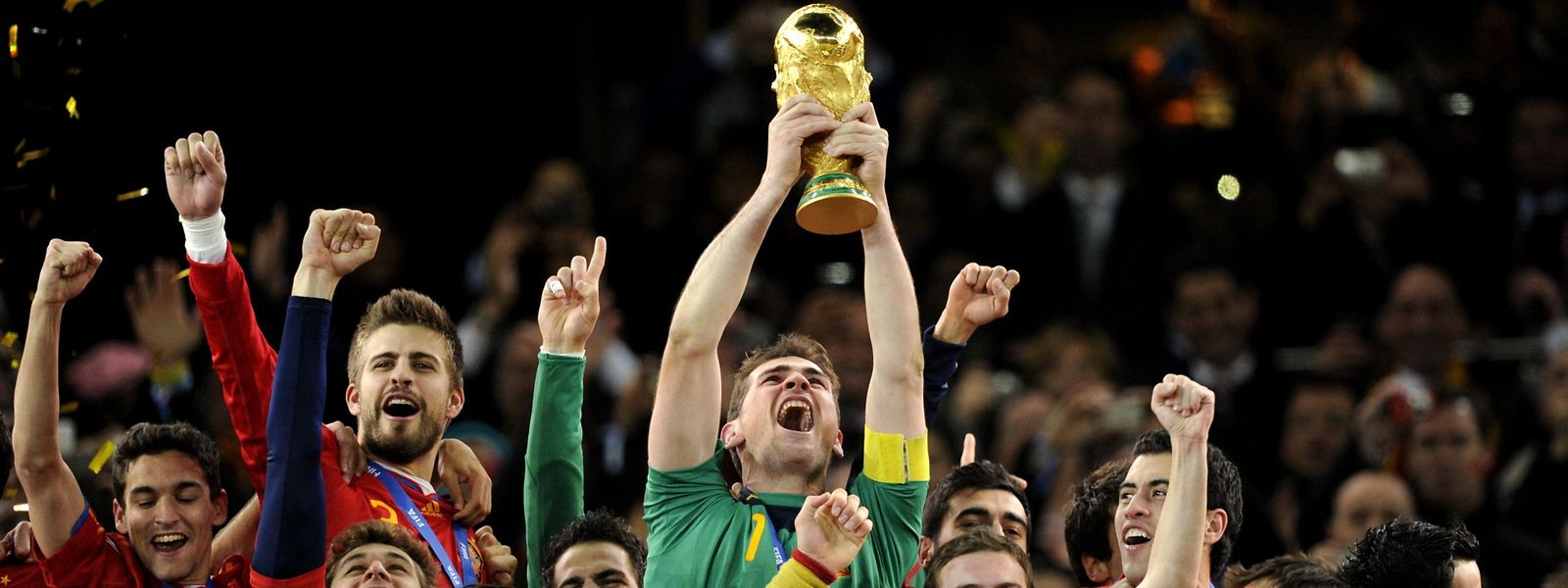 2010: Iker Casillas hält den Fifa World Cup auf dem Höhepunkt seiner Karriere.