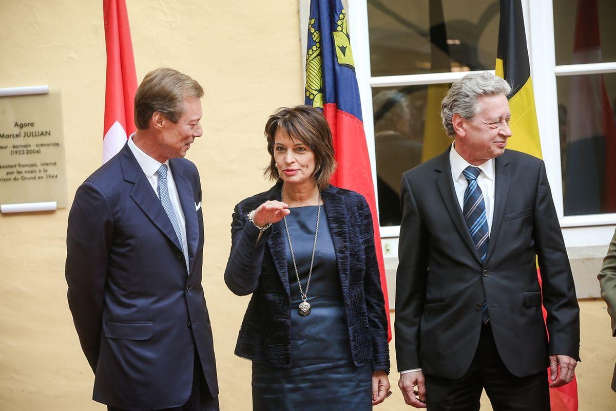 Frau Doris Leuthard, Bundespräsidentin der Schweizerischen Eidgenossenschaft, und Herr Roland Hausin.