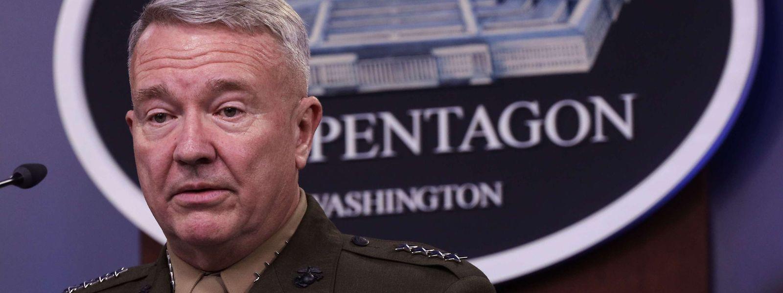 Le chef du commandement central américain est venu expliquer les détails de l'opération contre le leader islamiste.