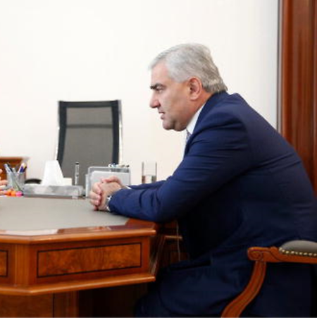 Samvel Karapetyan, le milliardaire de 54 ans propriétaire du FC Ararat-Armenia depuis 2018
