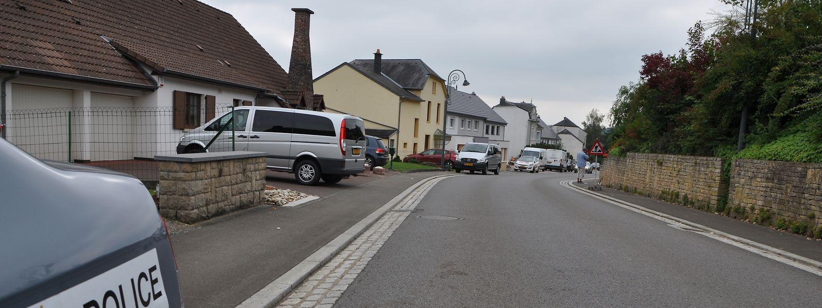 Den Angeklagten wird ein außerordentlich brutaler Raubüberfall auf eine Familie am 13. September 2014 in der Rue de la Gare in Eischen vorgeworfen.