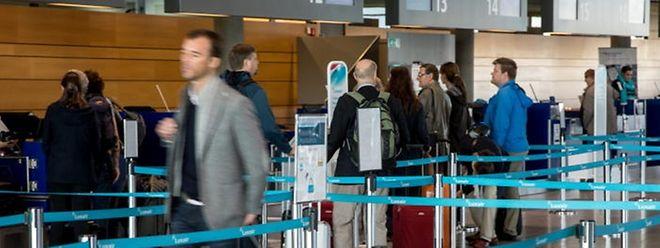 Pour fluidifier l'embarquement des passagers, l'aéroport multiplie les initiatives