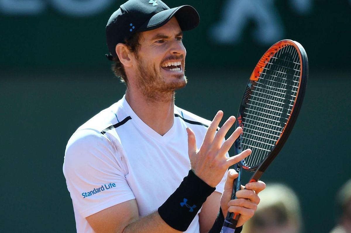 Le n°1 mondial Andy Murray n'y arrive décidément pas sur la terre battue de Roland Garros