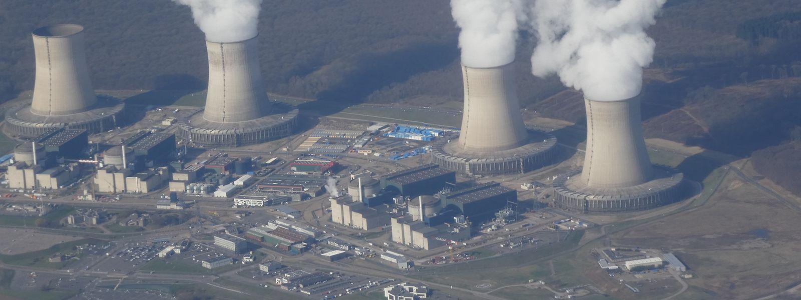 Cattenom ist seit 1986 am Netz und mit 5.448 Mw Leitung die siebtgrößte Anlage auf der Welt.