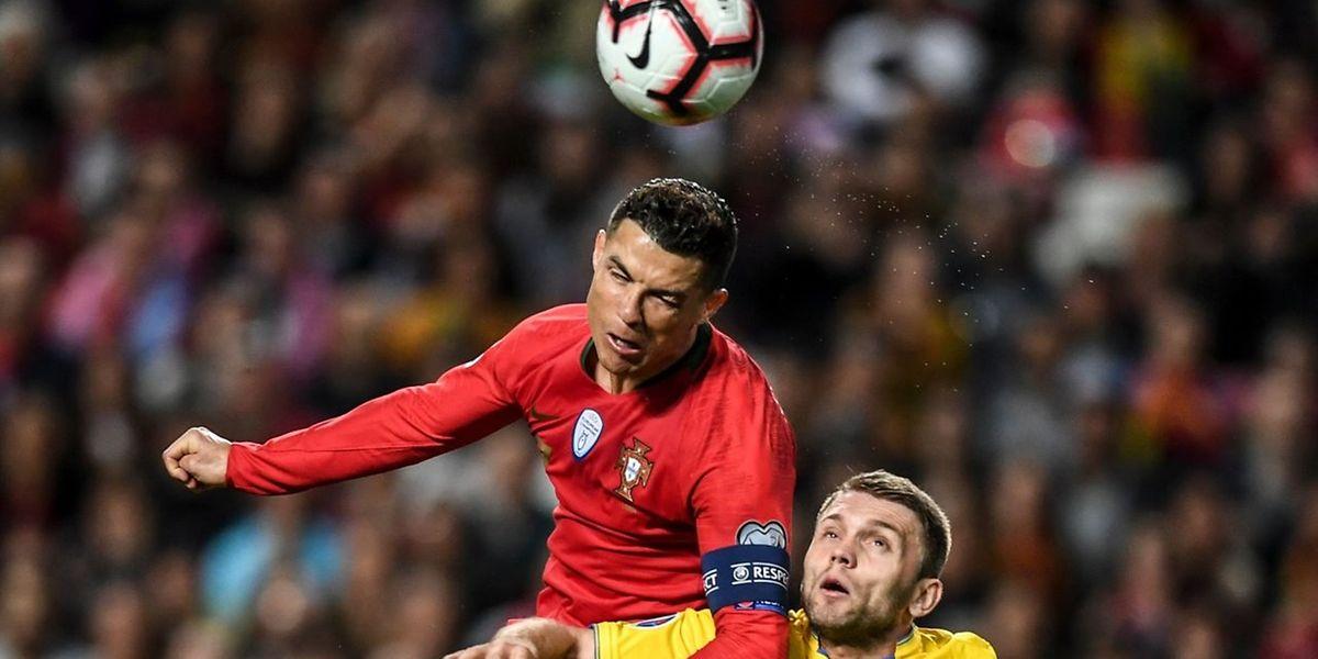 Nem com Cristiano Ronaldo Portugal conseguiu vencer a Ucrânia esta noite no estádio da Luz.