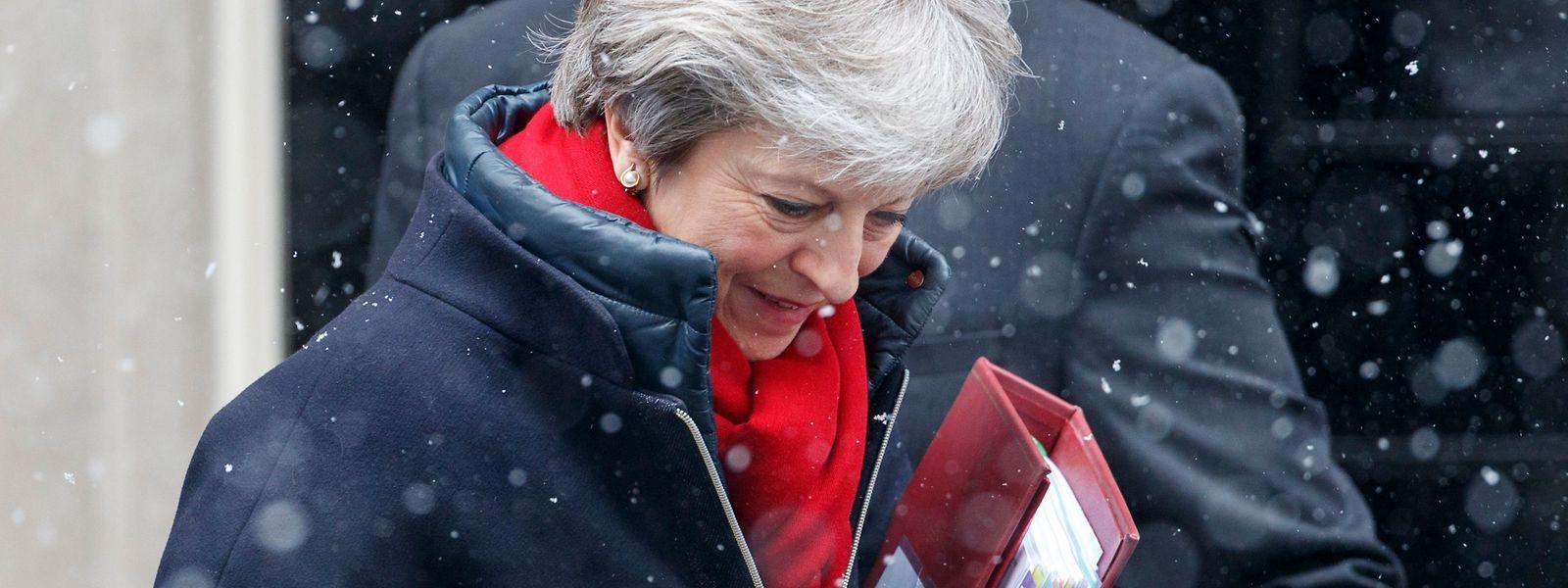 Theresa May: «Le projet d'accord publié par la Commission, s'il est mis en œuvre, nuirait au marché commun britannique».