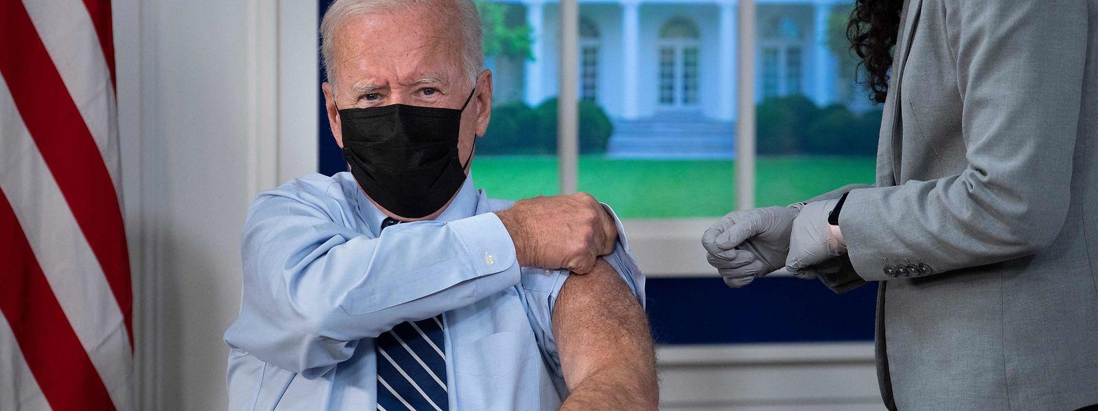 Parmi les seniors ayant reçu une troisième dose : le président US Joe Biden.