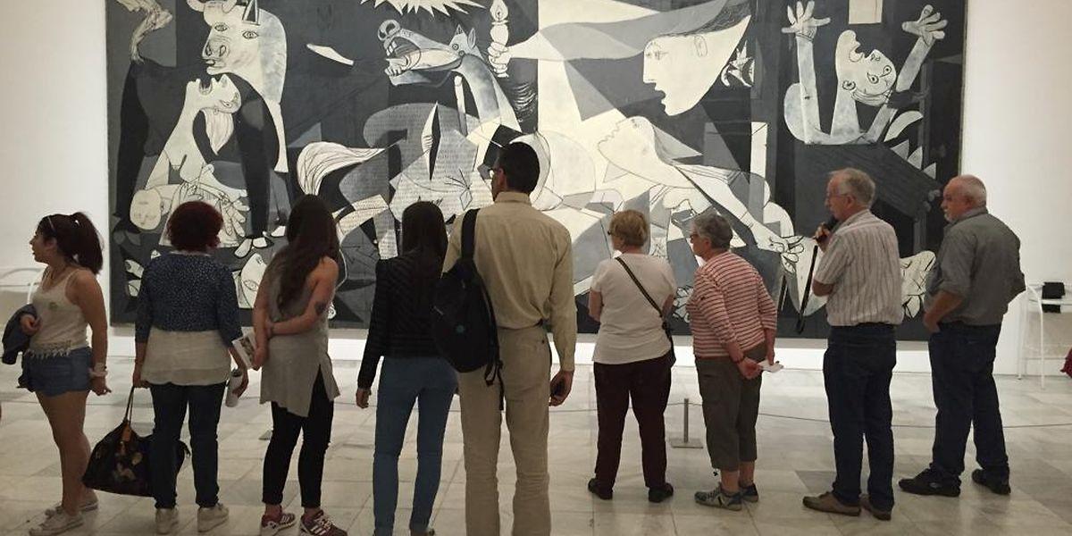 "Kulturstadt Madrid: Picassos Anti-Kriegs-Gemälde ""Guernica"" ist im Museum Reina Sofia zu sehen."