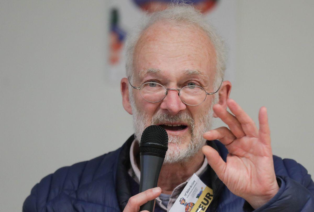 "Georges de Kerchove, Anwalt in Brüssel, der für die Rechte der Obdachlosen kämpft. Er ist der Autor des Buches ""Rue des droits de l'homme – la fronde des sans-abri""."