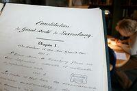 Die große Verfassungsreform war 2019 am Veto der CSV gescheitert. Nun wird das geltende Grundgesetz in vier Etappen modernisiert.