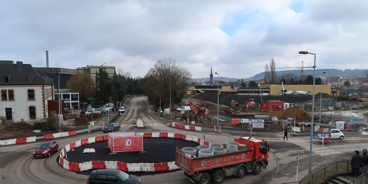 """Während die Rue Emile Mark gesperrt wird, wird der Verkehr auf einem Bypass vor der """"Léierbud"""" umgeleitet werden."""