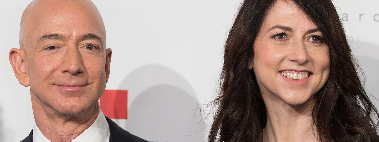 Amazon-Chef Jeff Bezos und seine Frau MacKenzie Bezos lassen sich nach 25 Ehejahren scheiden.
