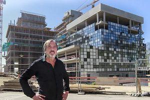 Er teilt nicht die Ansicht seiner Chefredaktion im Fall Lunghi: RTL-Direktor Alain Berwick