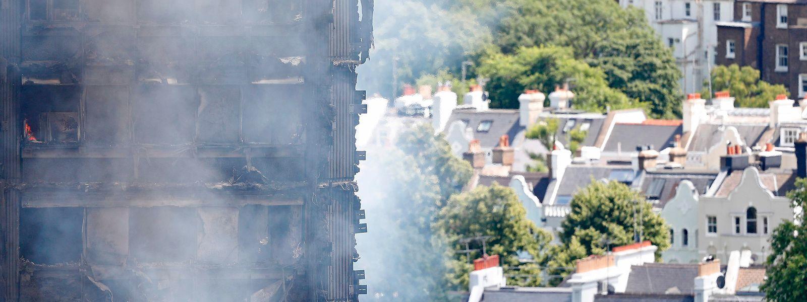 Das Gebäude brannte fast vollständig ab.