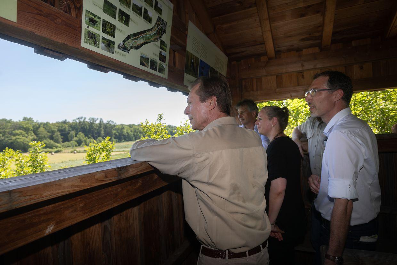 Großherzog Henri überzeugte sich vor Ort von der außerordentlichen Artenvielfalt im Naturschutzgebiet.