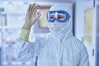 Dupont Tyvek Schutzanzug Bakterien Labor