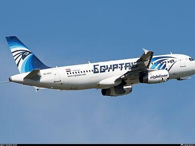 Am Mittwoch stürzte der Airbus 320 ins Mittelmeer. Die genaue Unglücksursache ist noch unklar.