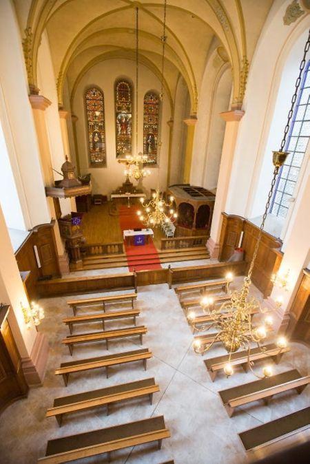 Innenansicht der  protestantischen Kirche in der Rue de la Congégation. Die Kirche war im 19. Jahrhundert zunächst Hofkirche, heute gehört sie dem Staat.