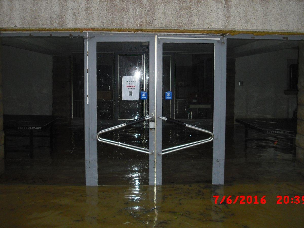 Die Flüchtlingsunterkunft in Sassenheim wurde komplett überflutet.