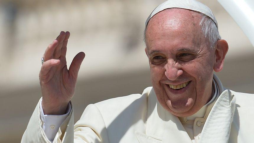 Papst Franziskus hat ein großes Herz - auch für Senioren.
