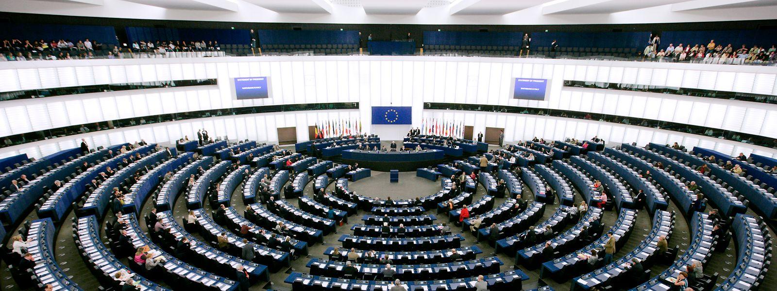 Der europäische Anspruch vieler Bürger klafft mit der Wirklichkeit des EU-Parlaments auseinander.