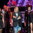Nominiert: Pharrell Williams (Mitte) auf der Bühne während der Pre-Grammy-Gala, am Vorabend der Preisverleihung, in Beverly Hills, Kalifornien.