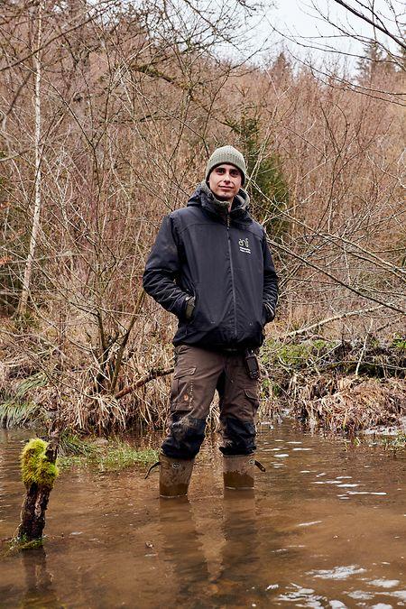 Alexander Kristiansen passa os dias a investigar e descobrir novos vestígios da presença da espécie. Há cada vez mais castores.