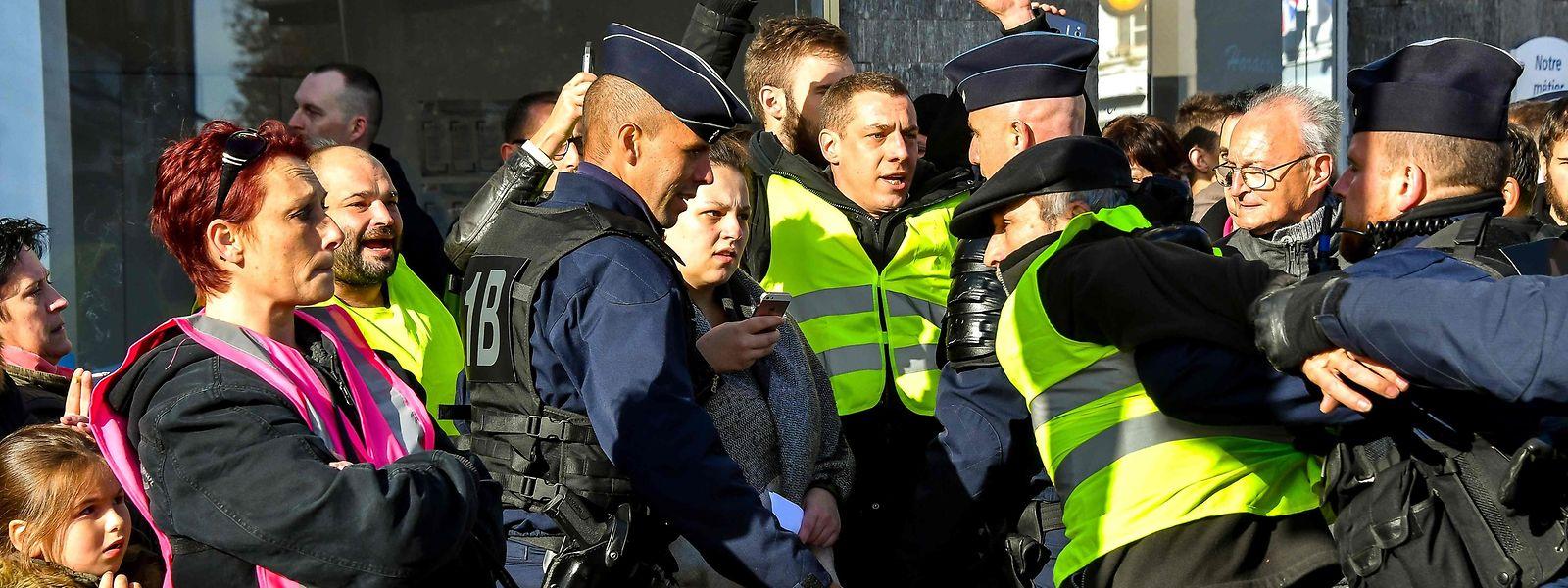 Manifestation des gilets jaunes le 9 novembre dernier à Albert près d'Amiens