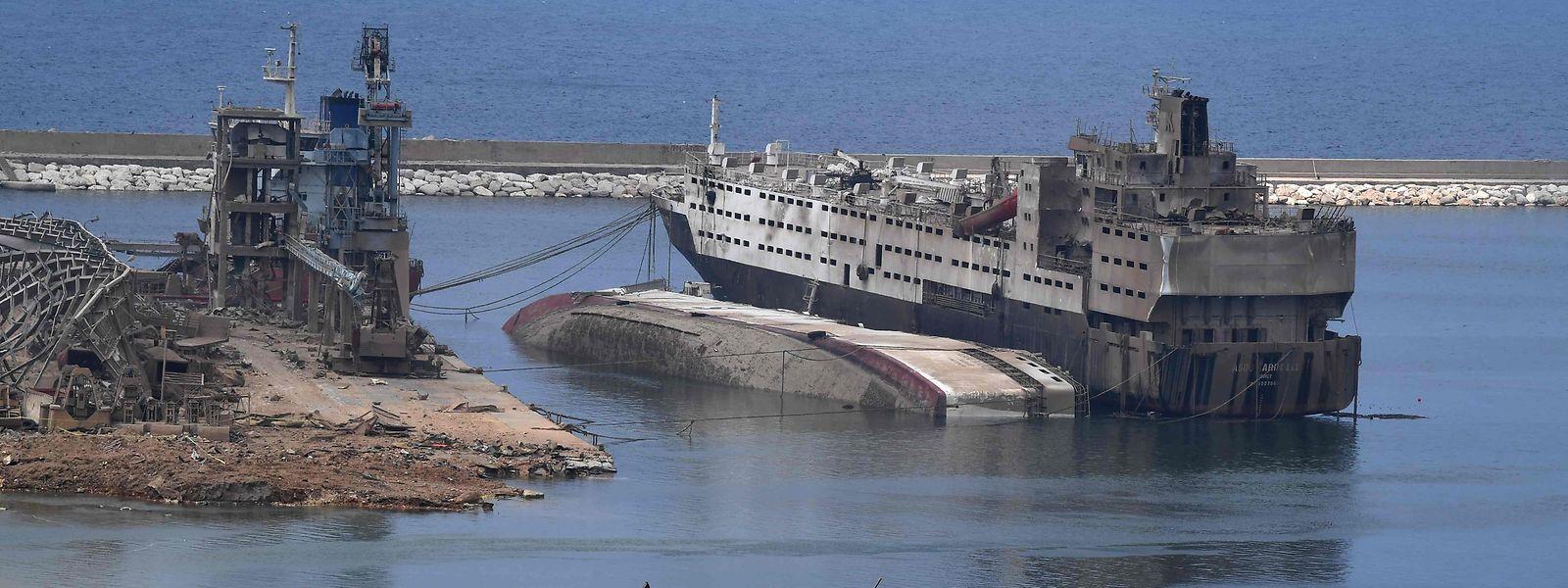 Der Hafen von Beirut wurde von der heftigen Explosion ausgelöscht.