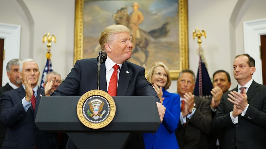 Hartes Durchgreifen oder Verzweiflungstat? Trump versucht