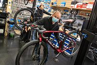 Die Bestände schrumpfen: Noch hat Didier Lauer von Bike World in Bereldange Räder, doch die gehen weg wie warme Semmeln.