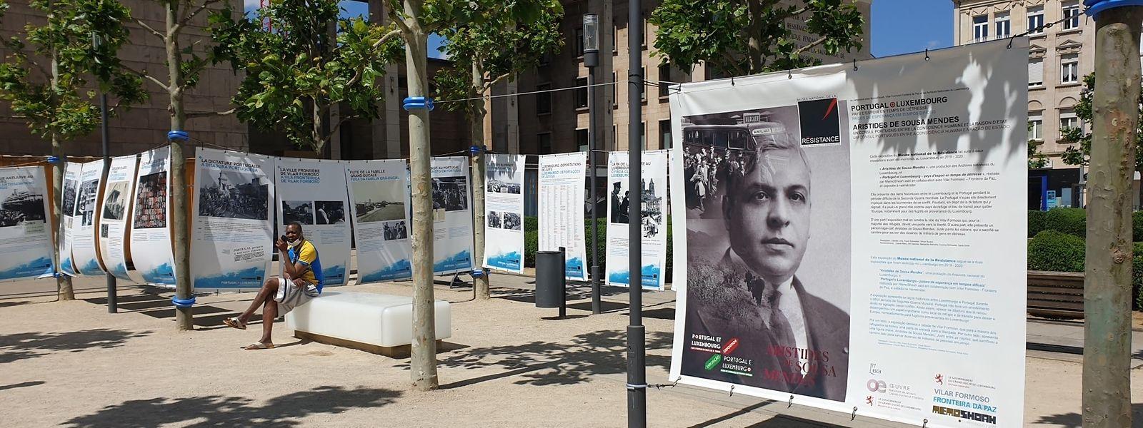 Am Donnerstag entfernte jemand die Leinwände der Freilichtausstellung des Resistenzmuseums und verschwand damit. Das Ganze ohne ersichtlichen Grund.