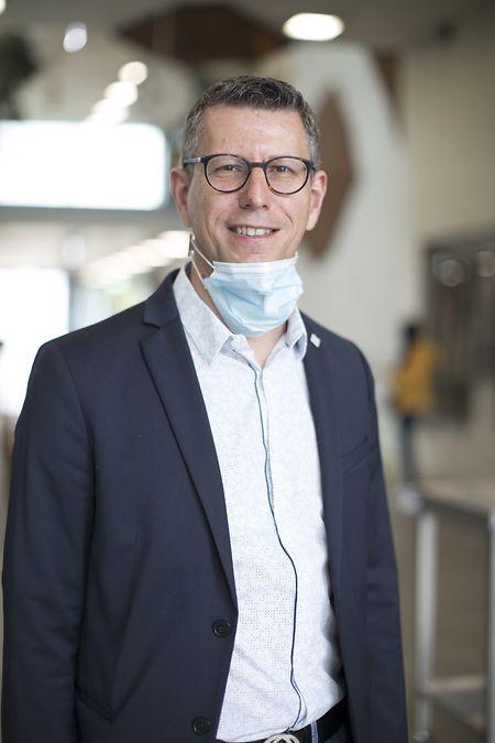 """Jean Theis, Direktor des Lycée Hubert Clément, legt ein gutes Wort für seine Mitarbeiter und Schüler ab: """"Sowohl das Personal als auch die Schüler haben die Pandemie nicht unrechtmäßig ausgenutzt, um nun zu Hause zu bleiben."""""""