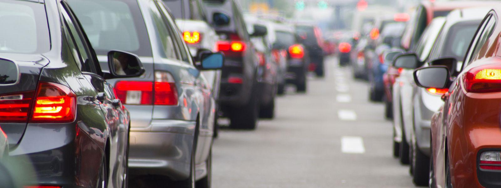 Intelligente Verkehrsleitsysteme sollen Staus in Zukunft besser verhindern können.