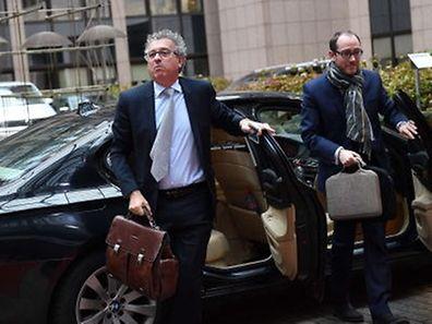 Der bisherige Pressesprecher von Finanzminister Pierre Gramegna, Bob Kieffer (rechts im Bild), soll Generalsekretär im Finanzministerium werden.
