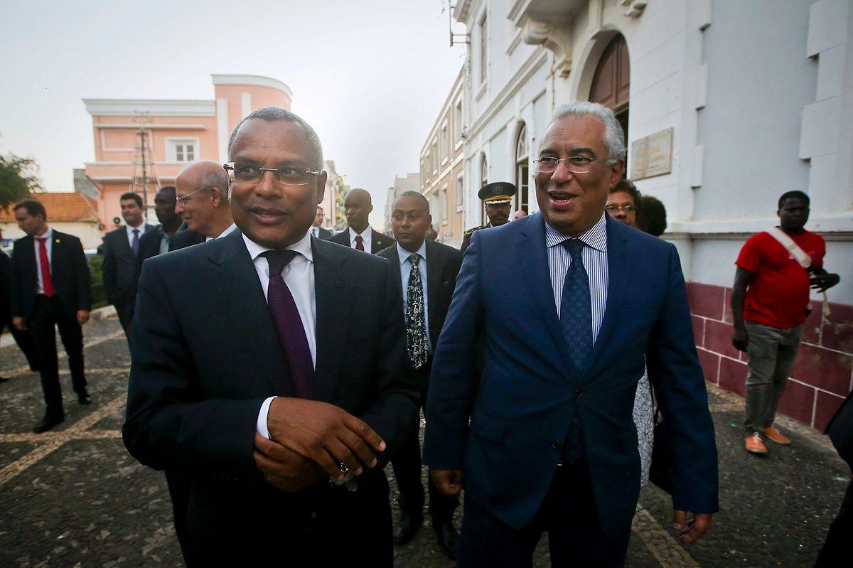 António Costa e o seu homólogo cabo-verdiano José Maria Neves