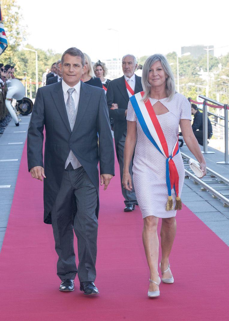 Die Ankunft der Gäste: Nancy Kemp-Arendt und ihr Ehemann Guy.