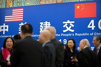 Guests talk before an event commemorating the 40th anniversary of the establishment of diplomatic relations between the United States and China at the Great Hall of the People in Beijing on January 10, 2019. (Photo by Mark Schiefelbein / POOL / AFP)