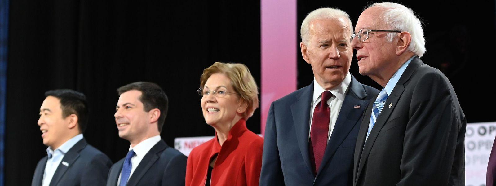 Die Präsidentschaftskandidaten der Demokraten (v.l.n.r): Andrew Yang, Pete Buttigieg, Elizabeth Warren, Joe Biden und Bernie Sanders.