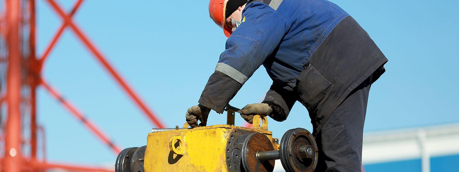 Wartungsarbeiten an Pipelines in Russland und Skandinavien haben zu dem Engpass beigetragen.