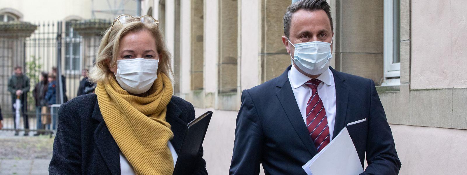 Gesundheitsministerin Lenert und Premier Bettel kündigten am Mittwoch einige Lockerungen an. Das Parlament wird in der kommenden Woche darüber abstimmen.