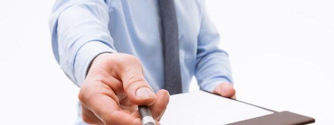 Bitte unterschreiben! 12 neue Petitionen stehen zur Auswahl, die Themen sind vielfältig.